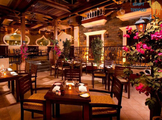 Acuna Restaurant