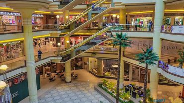 important markets and malls in Cairo