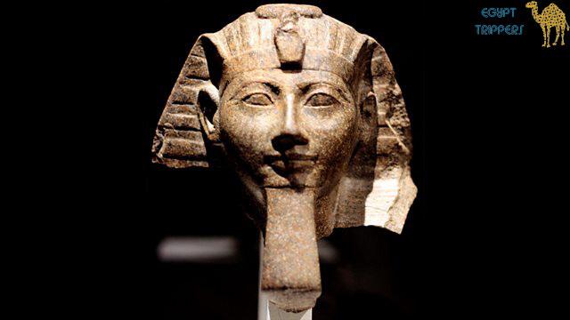 Stonemasons erased names and portraits of the regent